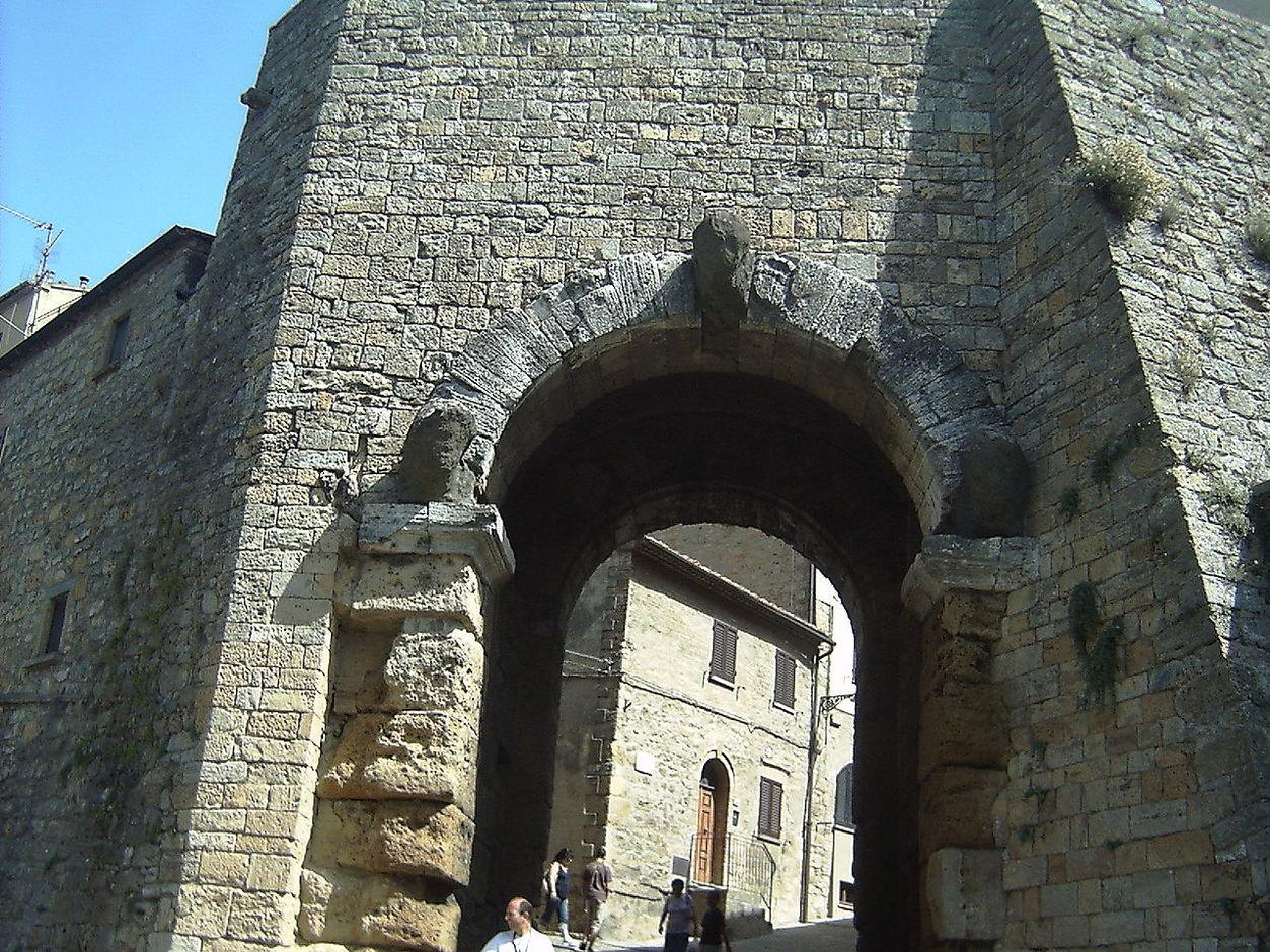 Porta dell'arco Volterra
