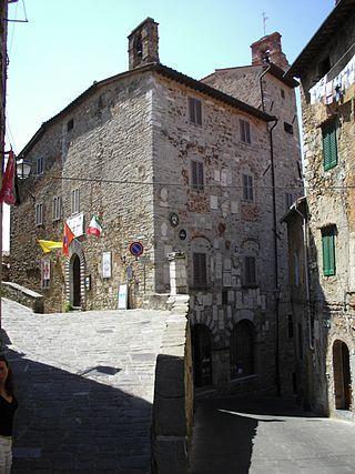 320px-IMG_0018_Palazzo_Pretorio_Campiglia_Marittima